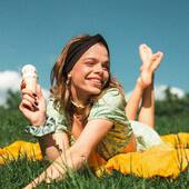 s u m m e r  v i b e s ???????????? Wróciły wyprzedane modele opasek w letnich kolorach! ???? Check this out ???? #finally #summer #happyday #mood #icecream #summertime #czerwiec #scrunchies #scrunchietime #akcesoriadowłosów #dodatkidowłosów #akcesoriadowlosow #nobadhairdays #uszytewpolsce #opaskanaglowe #opaska #headband #gumkadowłosów #gumkidowłosów #wlosomaniaczka #włosomaniaczki #dbamowlosy #sagegreen #blondehairgirl #dlugiewlosy #letniestylizacje #longhairideas #polishgirl  ???? @domcudny ???? @korneliagroworek